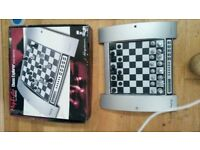 ELECTRONIC CHESS COMPUTER