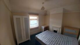 Double Room in Friendly House Share