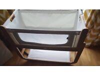 Snuzpod cot with mattress.