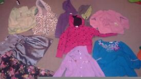 Bundle of clothes for girl size 4 yrs old£5