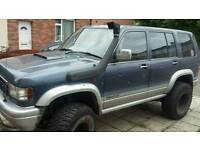Isuzu trooper off roader