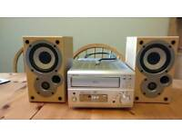Denon UD-M50 Hi-Fi with Speakers