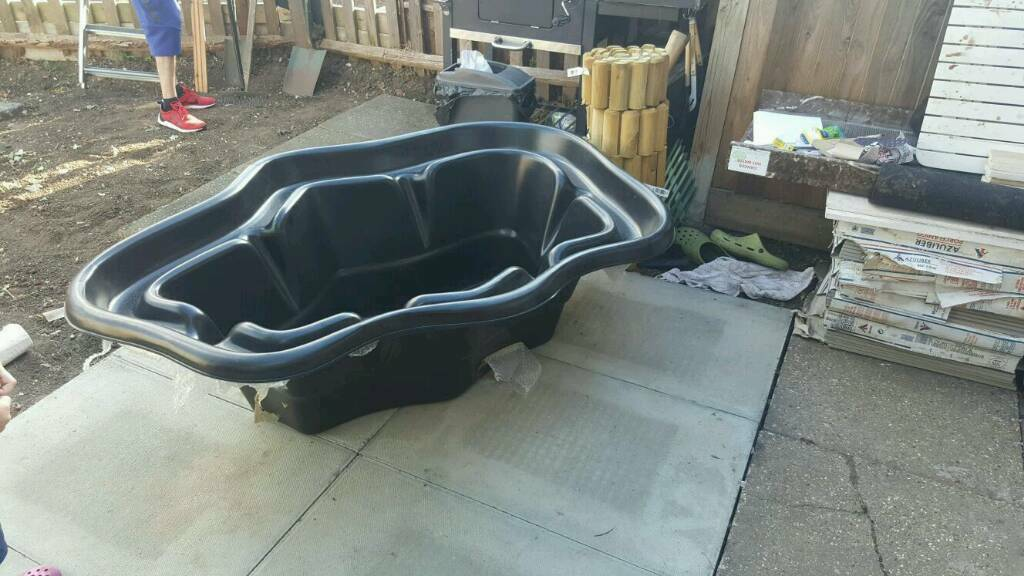 Brand New Hard Plastic Pond Cast Mould In Southwark