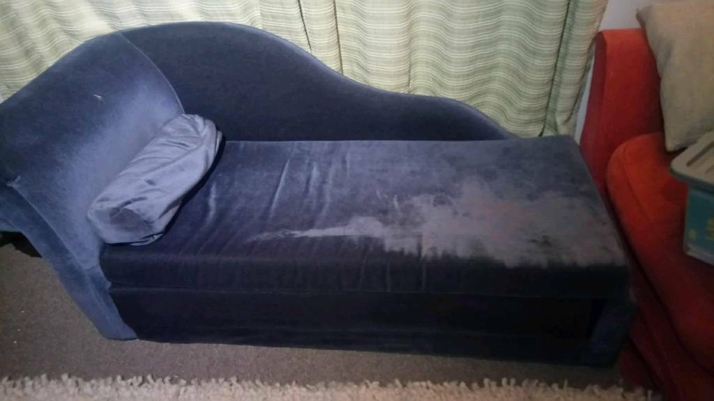 Chaise lounge sofa bed | in Sleaford, Lincolnshire | Gumtree