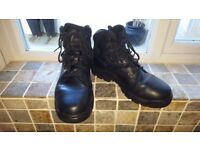MAGNUM SITE MASTER ANKLE BOOTS SIZE 10