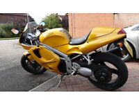 Triumph daytona 955i very reliable starts first time every time