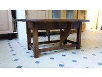 Small folding gate leg table