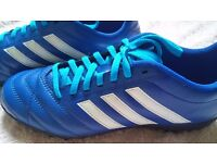 Astro Turf Football Boots Adidas Size 7 EXCELLENT CONDITION LIKE NEW