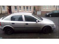 Vauxhall Astra 2002 1.6 l Hatchback 5 doors Silver.