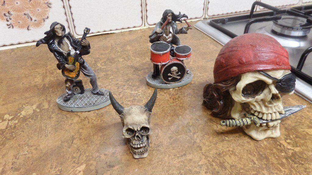 various skulls motor bikes dog money box