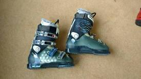 Salomon Rush ski boots size 24.5 (UK6)
