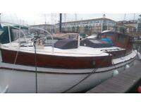 live aboard boat at Brighton Marina