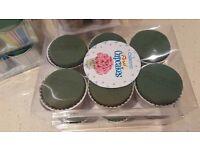 8 cm Oasis wet foam Floral Cup Cakes for florists/flower arrangers/weddings