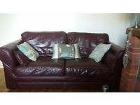 Harveys Italian leather settee for sale very good condition 160.00