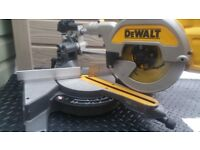 DeWalt DCS 777 54v XR FLEXVOLT 216mm Mitre Saw 2x6.0ah