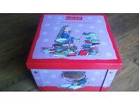 A Large Roald Dahl Empty Storage/book box ex condition