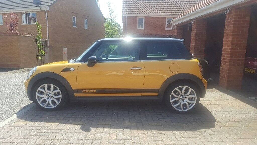 Mini Cooper Full Service History Full Leather Interior Heated