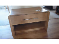 """Solid oak unit suitabe for display table or for large TV screen. W 36"""" 90cm D 20"""" 50cm H 20"""" 50cm"""