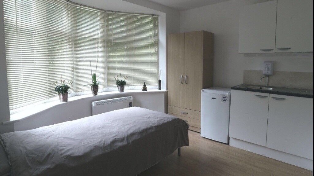 Lovely Renovated Studio-Incl bills and wifi