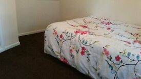 BEAUTIFUL DOUBLE BEDROOM AVAILABLE FOR RENT IN ERITH