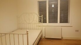 Beautiful and Spacious double room to rent in New Malden