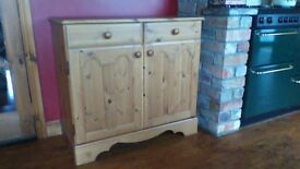 UNIT, SOLID WOOD, GREAT CONDITION AND QUALITY..SEE ALL PICS AND ADS AS LOTS OF GREAT ITEMS FOR SALE