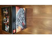 Lego UCS Millennium Falcon 75192 with rare polybags