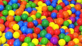 2000 Soft Play Balls