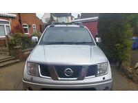 Nissan Navara 2.5 dCi Aventura Double Cab 2007 Pickup 4dr and Snugtop with Tow bar