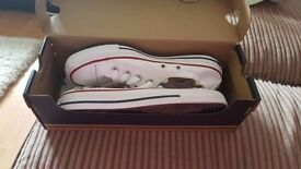 Ladies white converse. Size 5