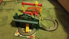 Thomas the tank engine sodor shipping take n play set