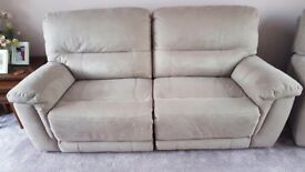 DFS Esquire Nearly New 3 Seater Power Recliner Sofa in Lilac