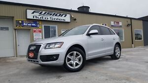 2012 Audi Q5 2.0L Premium Plus-PAN ROOF-AWD-LOCAL-HEATED SEATS