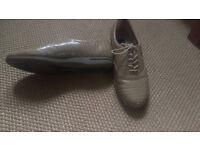 Ladies Easy Spirit Leather Shoes Size UK 4