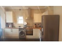 3 Bedroom First Floor Flat to Let on Elgin Road Ilford IG3 8LN
