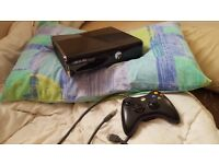 Xbox360 Slim 250gb + Controller + Kinect and 3 Games
