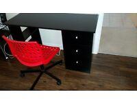 Desk + free chair. £20