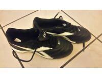 Brand new Reebok astro turf boots