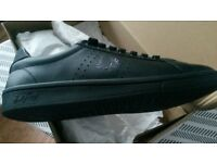 brand new boxed size 8