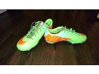 Boys Nike football boots (UK size 5) - Like NEW
