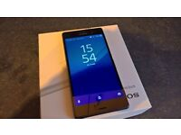Mint condition Sony Xperia Z3 Android Smartphone. Relisted and Reduced