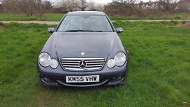Stunning Mercedes Benz C220 CDI SE