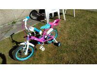 """Girls 16"""" bike with stabilisers"""