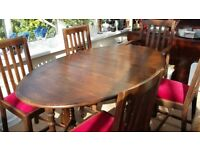 Vintage (Antique/Art Deco) Oak Gate Leg Dining Table with a Carver and Four Chairs