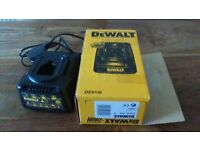 DeWalt DE9116 230v Battery Charger