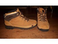 Mens Timberland boots size 9.5