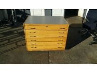 Plan chest giving a vast storage capacity. Six drawers. 100cmX70cmx74cm.