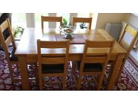 SOLID WOOD CHUNKY OAK LARGE EXTENDING DINING TABLE WITH 8 CHAIRS