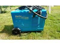 Clark 151 en turbo mic welder