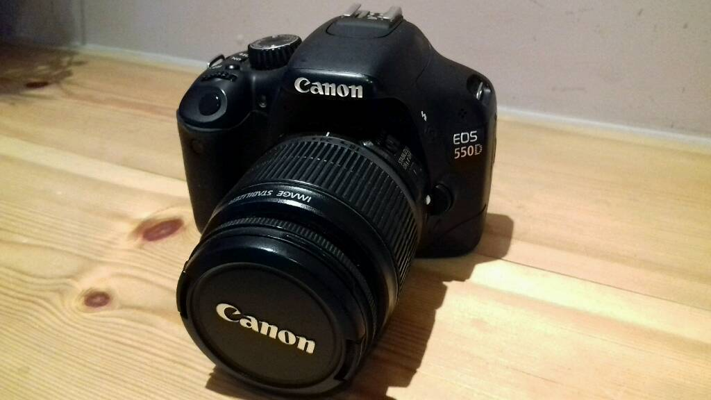 Canon 550d DSLR with Chager & Bag